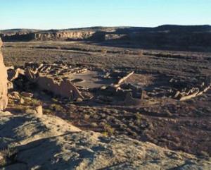 wide shot of Pueblo Bonito dig site