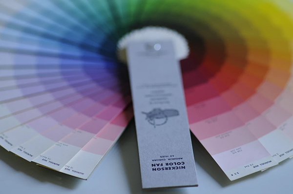 The Nickerson Fan Deck for horticulturalists showing color charts