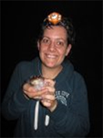 Christina Kindermann photo with a frog on her head and in her hand