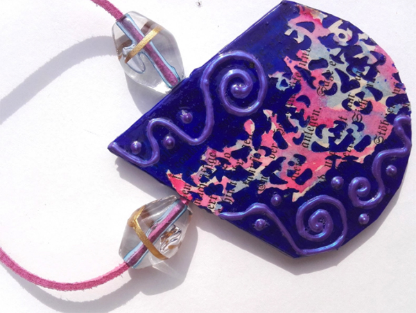 Paper pendant with paper lace and natural ultramarine pigment, 3-D-Colour, glass beads